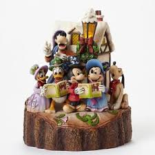 Jim Shore Christmas Decorations Uk by Jim Shore Disney Traditions 2015 Carved By Heart Caroling 4046025