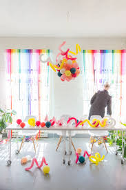 Streamer Chandelier Diy Rainbow Streamer Curtains Streamers Rainbows And Party Time