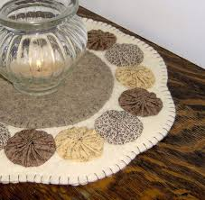 Wool Felt Rugs 1721 Best Images About Penny Rugs And Such On Pinterest Felt