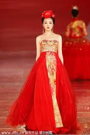 Chinese Wedding Dress Traditional Chinese Wedding Dresses Presented In Shanghai 5