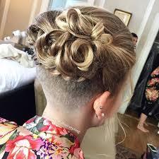 Abschluss Frisuren Lange Haare Locken by Die Besten 25 Lange Locken Ideen Auf