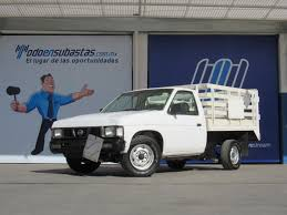 2003 estacas nissan largo d h a a modelo 2007 subasta 256 azul 7