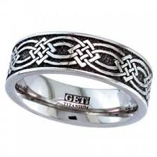 titanium wedding rings uk celtic matching titanium wedding rings titanium wedding bands
