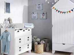 comment disposer les meubles dans une chambre nos meilleurs conseils pour une chambre de bébé au top