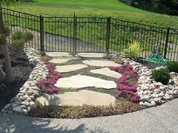 exterior fluffy green grass area plus stone pathway in small full size of exterior antique cheap landscaping design ideas for backyard luxurious easy using rocks plus