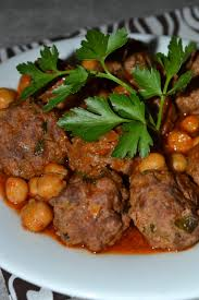 cuisine traditionnelle algeroise un plat traditionnel algérois riche en viande à base d ail pois