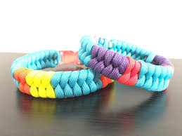 make paracord bracelet youtube images How to quot add colors to fishtail quot paracord bracelet jpg