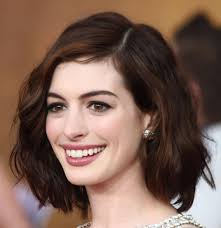 medium style haircut for women easy to do shoulder length