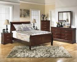 Dresser As Nightstand Alisdair 5 Pc Bedroom Package Queen Sleigh Bed Dresser Mirror