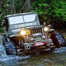 water jeep jeep wranglers in the water jeep wrangler