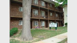 1 Bedroom Apartments In St Louis Mo Maplewood Village Apts For Rent In Saint Louis Mo Forrent Com