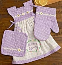 kitchen towel craft ideas 335 best kitchen towels images on kitchen towels dish