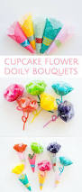diy cupcake liner flower doily bouquets cute spring craft for