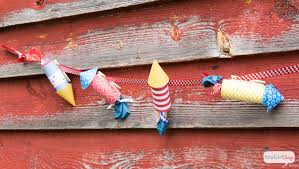 4th Of July Bunting Decorations 4th Of July Decorations Patriotic Firecrackers U0026 Ribbon Bunting
