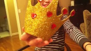 queen of hearts halloween costume diy crown izzy and sydney