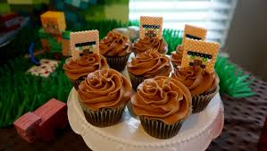 minecraft cupcakes minecraft birthday party 16 bit crafting