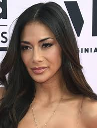 nicole s all eyes are on nicole scherzinger her ample cleavage at the