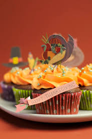happy thanksgiving cupcakes with turkey feast and pilgrim hat