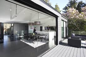 Jeff Bridges Home Oakland Cottage Gets All Dramatic In Black And White Remodel San