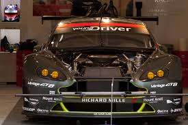 aston martin racing amazing aston martin le mans cars photos at 24 hours race 2016