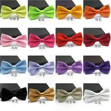 hochzeitsgeschenke fã r die gã ste die besten 25 grooms in cravats ideen auf weiße