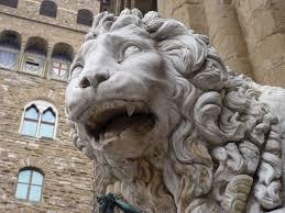 marble lion file file marble lion on the piazza della signoria jpg