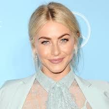 julianne hough hairstyles riwana capri julianne hough s bleach blonde hair color instyle com