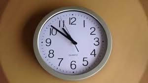 Silent Wall Clock Homeflav 10 Inch Non Ticking Silent Quartz Wall Clock Youtube