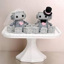 Wedding Wishes Cake Mini Robot Cake Toppers For A Geek Wedding Or A Robot Wedding