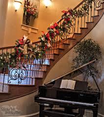 christmas tree theme show me decorating garland staircase decor