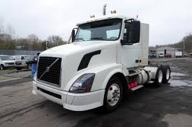 volvo tractor truck 2007 volvo vnl64t300 tandem axle day cab tractor for sale by