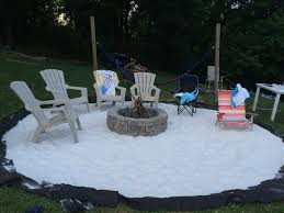 how to turn your yard into an outdoor summer movie theater pics