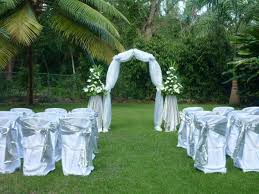 small backyard wedding ceremony ideas outdoor wedding ideas you