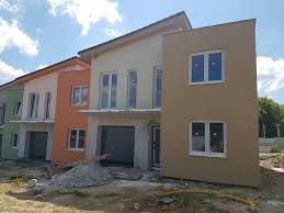 Rowhouses Sale 5 Roomed Rowhouses With The Garage And The Plot Nitra