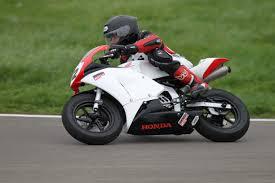 siège moto bébé stages de pilotage moto enfants trajectoire gp