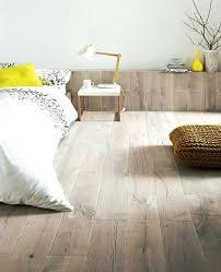 parquet stratifié chambre parquet pour chambre chambre a coucher sol parquet clair lit