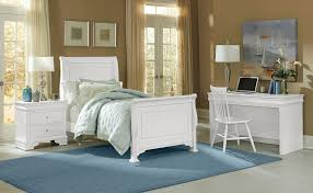 Bedroom Decorating Ideas With Sleigh Bed Bedroom Twin Sleigh Bed White Linoleum Picture Frames Floor