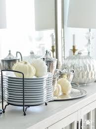 10 practical tips for hosting thanksgiving dinner kelley nan