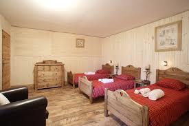 triple bedroom in chalet mont arnica la plagne snowco