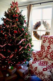 Christmas Tree Decorating Ideas Southern by A Little
