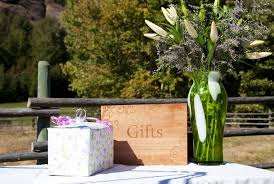 Wedding Gift Table Ideas Wedding Gift Ideas Rustic Imbusy For
