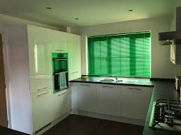 room available in a large build 4 bedroom house in manchester