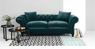 canapé chesterfield velours bardot canapé chesterfield 3 places velours bleu océan made com