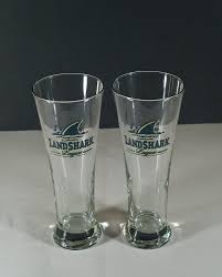 amazon com jimmy buffett landshark lager pilsner style glasses