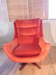 Retro Swivel Chairs For Living Room Design Ideas Knoll Vintage Retro Swivel Rocker Egg Chair Superb