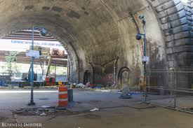 strange facts about brooklyn bridge business insider
