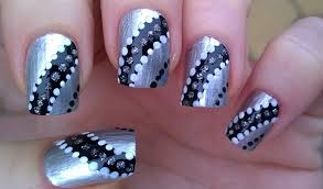 easy new year u0027s eve nail art black u0026 silver sparkly party nails