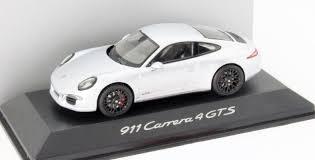 porsche 911 carrera gts white 2014 porsche 911 991 carrera gts 1 43