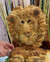 Lion Meme - great british bake off fans take to twitter with hilarious lion
