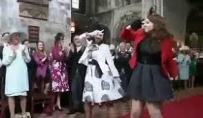 parodie chanson mariage la nouvelle clé usb wine trop coooolllllll sur orange vidéos